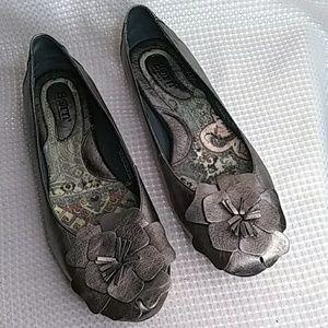 Born metallic leather dress  flats flower detail